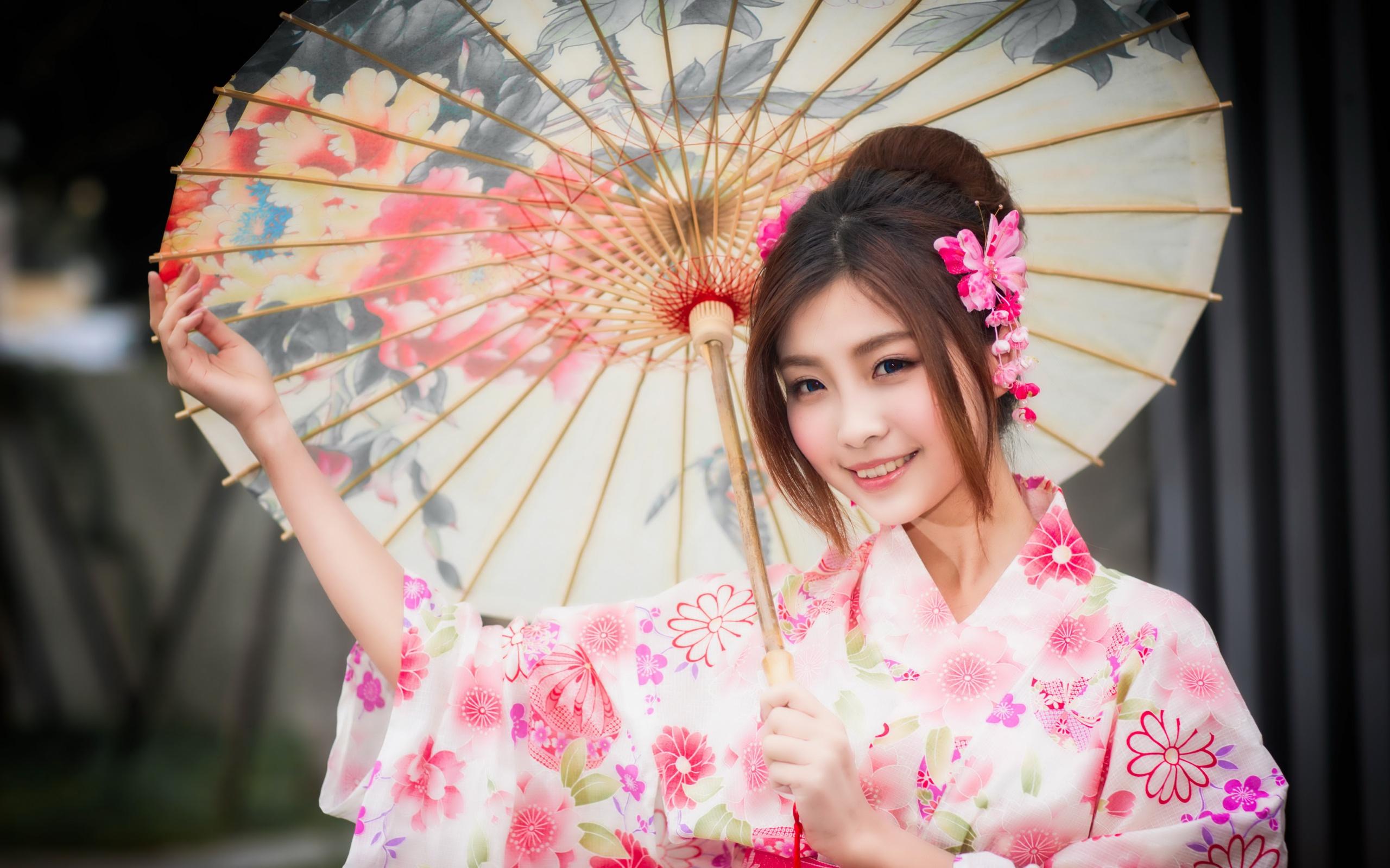 красивое фото японских девушек руки скользнули