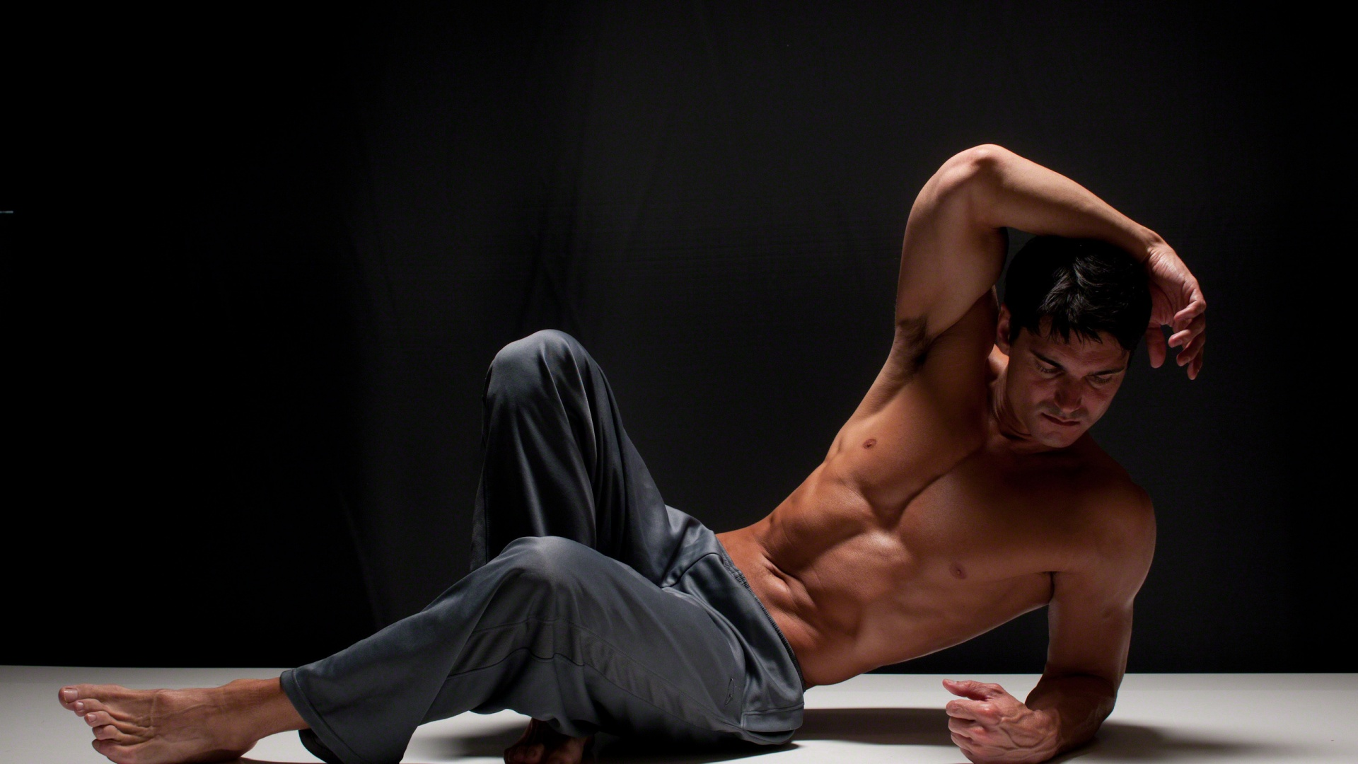 Самые сексуальные парни обои на рабочий стол знаменитости